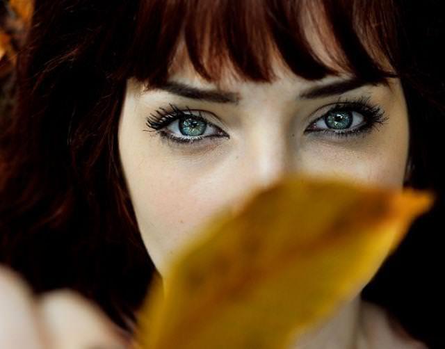眼の色が宝石のように綺麗な色をしてる外人美人wwww 3010