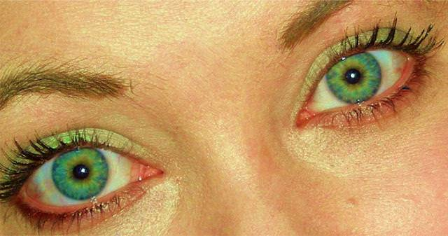 眼の色が宝石のように綺麗な色をしてる外人美人wwww 3016
