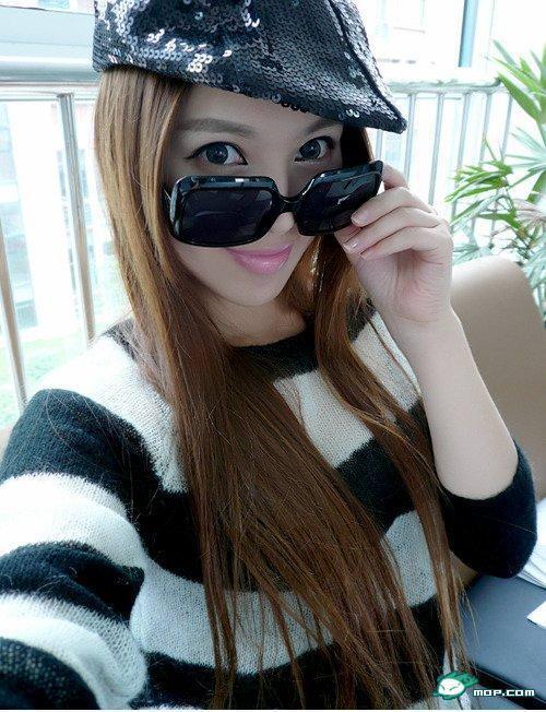 中国の美人すぎるギャル女教師・朱松花の自画撮りwwwww 0232