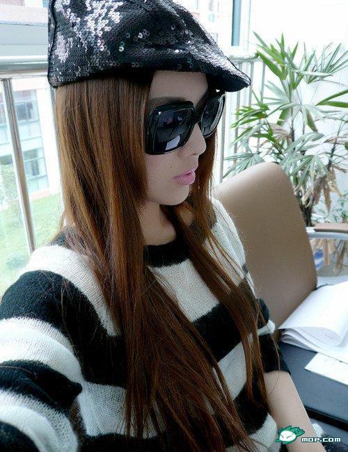 中国の美人すぎるギャル女教師・朱松花の自画撮りwwwww 0234