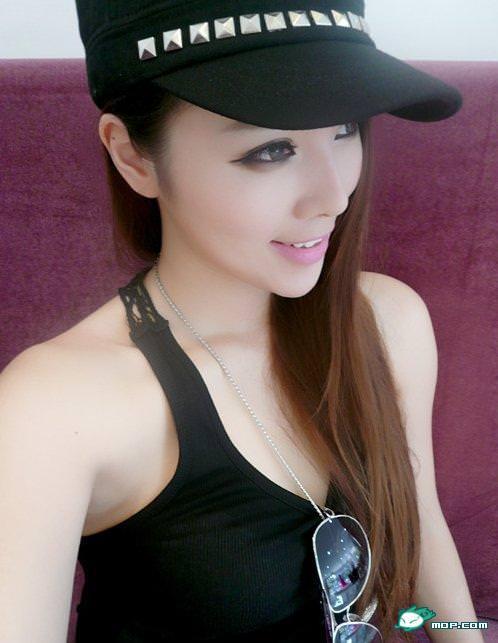 中国の美人すぎるギャル女教師・朱松花の自画撮りwwwww 0236