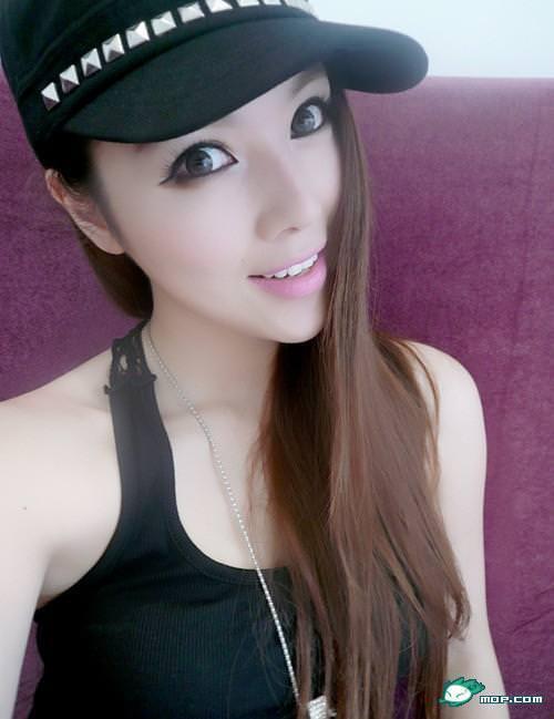 中国の美人すぎるギャル女教師・朱松花の自画撮りwwwww 0237