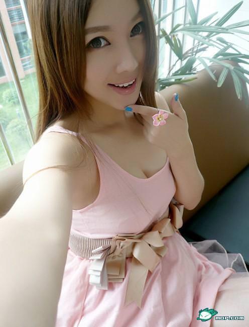 中国の美人すぎるギャル女教師・朱松花の自画撮りwwwww 0245