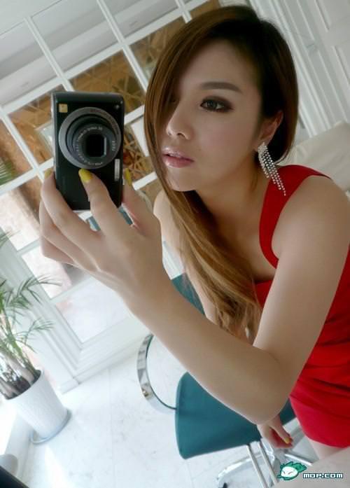 中国の美人すぎるギャル女教師・朱松花の自画撮りwwwww 0251