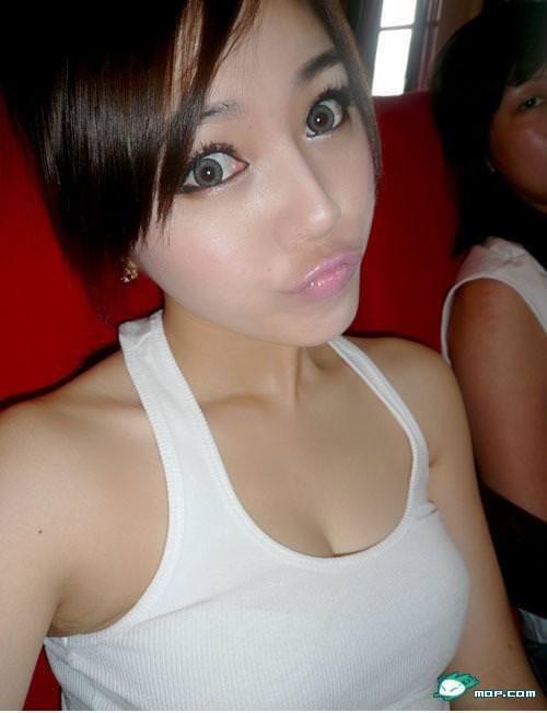 中国の美人すぎるギャル女教師・朱松花の自画撮りwwwww 0257