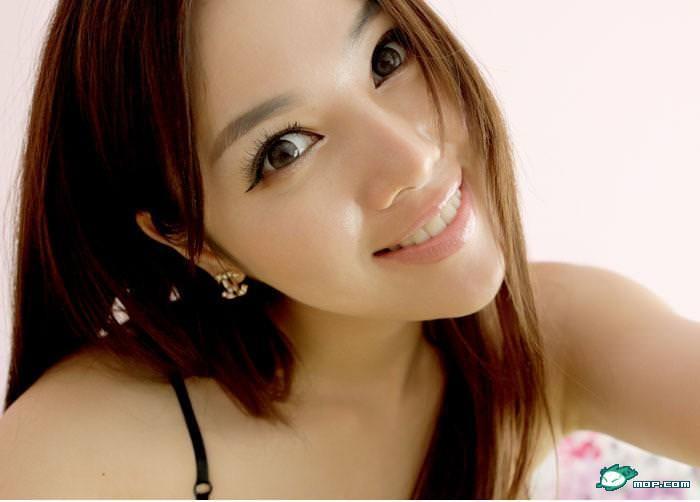 中国の美人すぎるギャル女教師・朱松花の自画撮りwwwww 0260