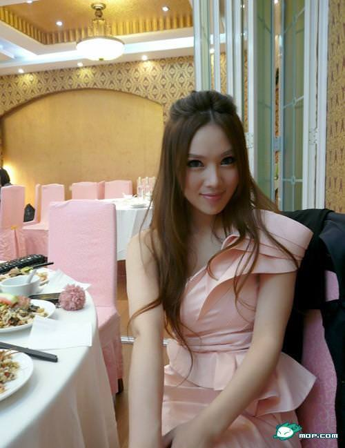 中国の美人すぎるギャル女教師・朱松花の自画撮りwwwww 0263