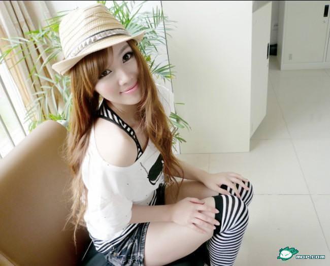 中国の美人すぎるギャル女教師・朱松花の自画撮りwwwww 0265