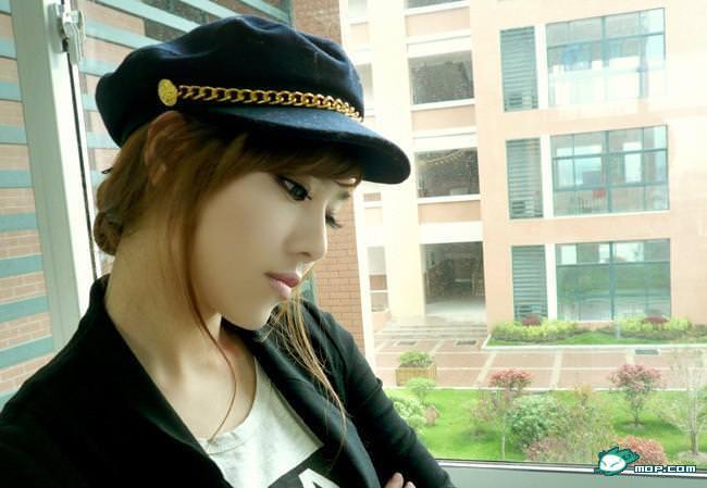 中国の美人すぎるギャル女教師・朱松花の自画撮りwwwww 0273