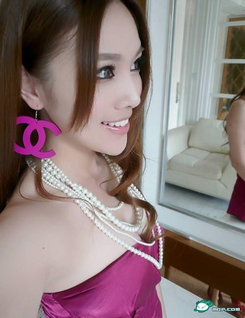 中国の美人すぎるギャル女教師・朱松花の自画撮りwwwww 0274