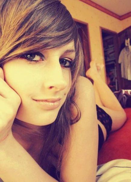 自分可愛いの分かってる自分大好き海外素人美人の自撮り画像wwwww 0318