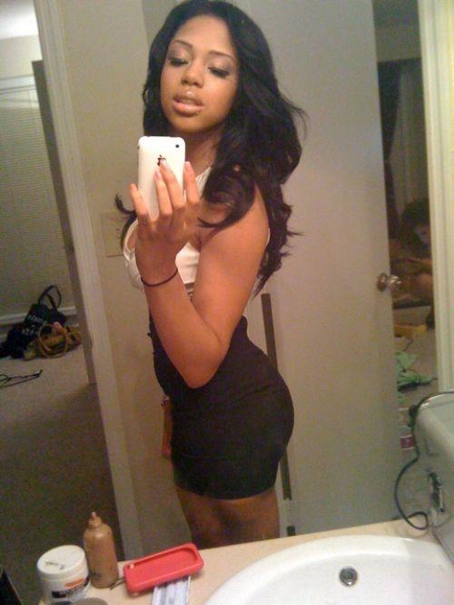キュッと引き締まった黒人女性の体がセクシーすぎてセックスしたいwwww 0333