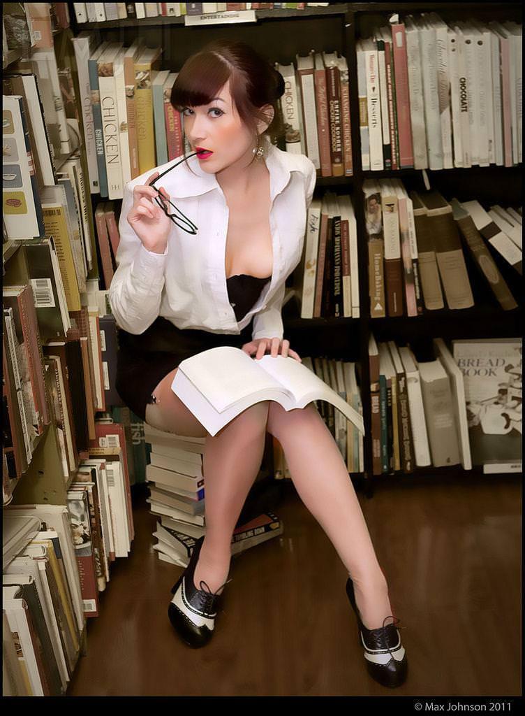 メガネっ娘女子が好きなのは万国共通な海外美人www 0458