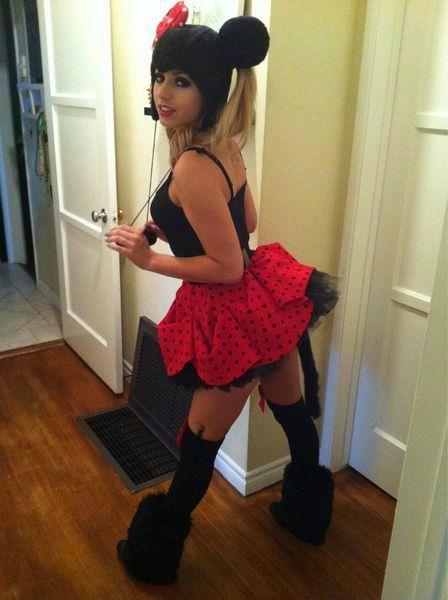 金髪美人のポルノ女優・レキシー・ベルのプライベート自撮りがめっちゃエロ可愛いwwwww 0522