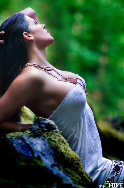 海外美女のモッコリ乳首がいやらしいノーブラ着衣おっぱいwwwwww 0842