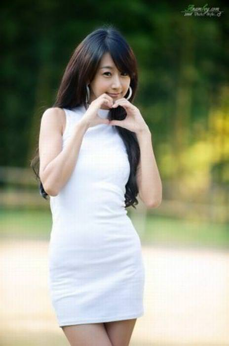 この顔みるとムズムズするwww韓国テンプレ整形顔の美女たちwww 1107