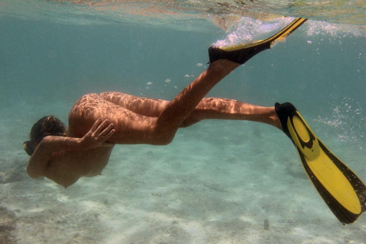 母なる海とマンコの穴が繋がったwwww 1803