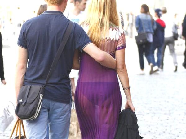 痴女ですか?透け下着で堂々闊歩する海外女性のエッチ画像がモロ見え注意www 01 14