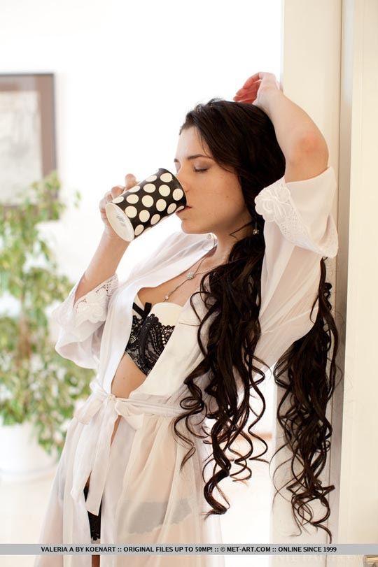 超極上ウクライナ美女が惜しげもなくアナルオマンコ●見せwスタイル抜群で目つきが誘惑しちゃうwww 13 15