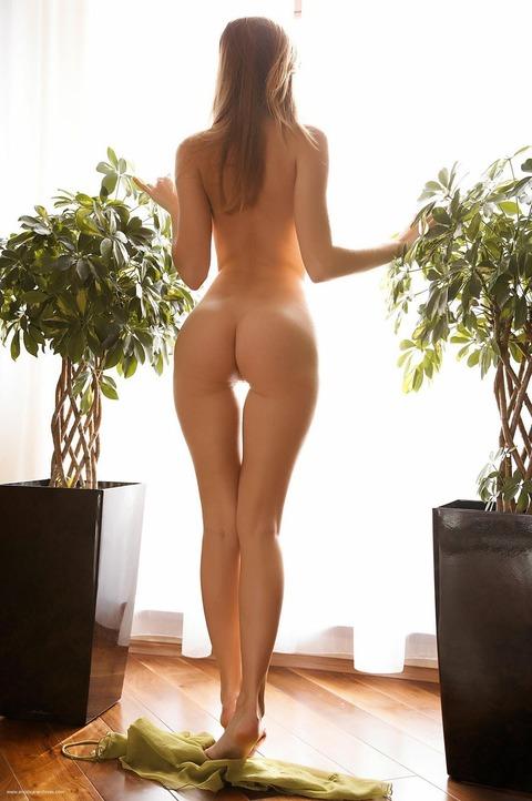 【美脚美女】『足長すぎだろ~~~!!』スレンダー美女がエロい格好で誘惑しまくりwww勃起回避不能wwwwww 15 76