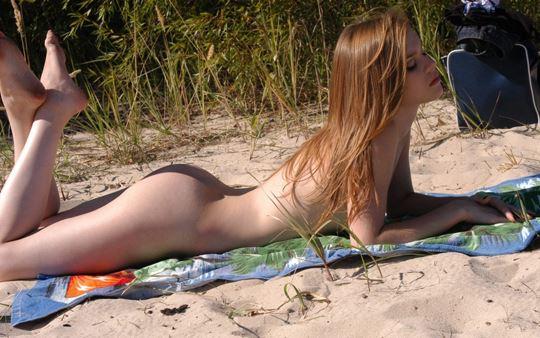 ★メチャしこな外人エロ画像!幼い体の美少女たちがあどけない顔で全裸ヌード見せちゃうwwwww 2 46