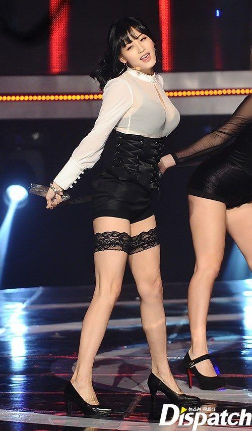 【韓国人エロアイドル】『パンティーとか余裕で見せちゃうアジアンビューティーが股間を熱くするよ、、、、、』 20 55