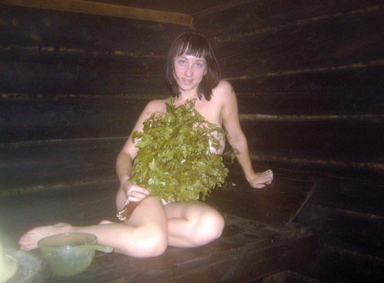 サウナに入るロシア人、全裸で男と女が一緒に入るなんてとんでもなく羨ましいwwww 46 5