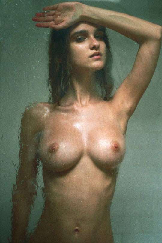 外国人エロ画像!ヨーロッパのベルギー美女が全裸ヌードできれいな体を披露しちゃうwww 5 24