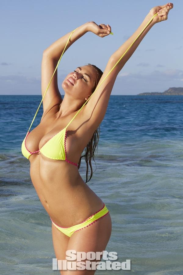 【ケイト・アプトン】『アメリカのモデル(゚∀゚)キタコレ!!』ダイナミックなエロエロボディーで水着が食い込んじゃうwwwwwww 6 81