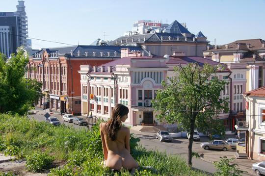 【海外ロシアヌードグラビア撮影】『超SSS級美少女』すっげ~カワイ子ちゃんネットで発見!!後ろからのアングルでオマンコ●見せwwww 18 24