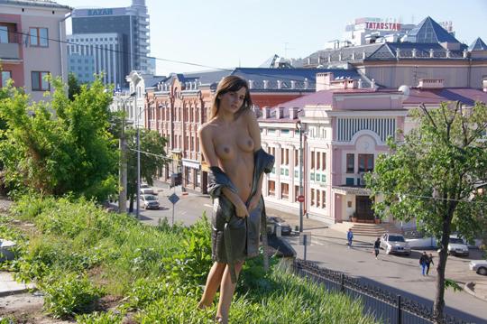 【海外ロシアヌードグラビア撮影】『超SSS級美少女』すっげ~カワイ子ちゃんネットで発見!!後ろからのアングルでオマンコ●見せwwww 2 34