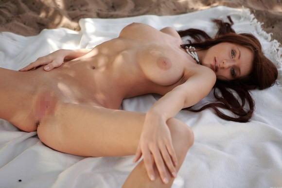 【外人オマンコポルノ画像】『綺麗なあそこ丸出しw』超かわいい美少女童顔が大股開きとかどうかしてるぜwwwww 32 14