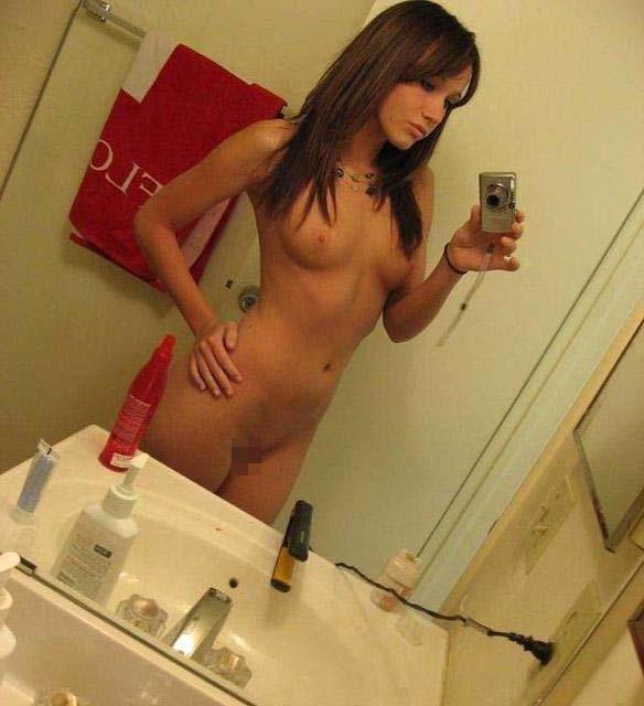 【自撮り外人ポルノエロ写真w】『ガチンコ可愛すぎるだろwww!!』SSS級美少女がお家でハイポーズ♥wwwwwwww 36 36