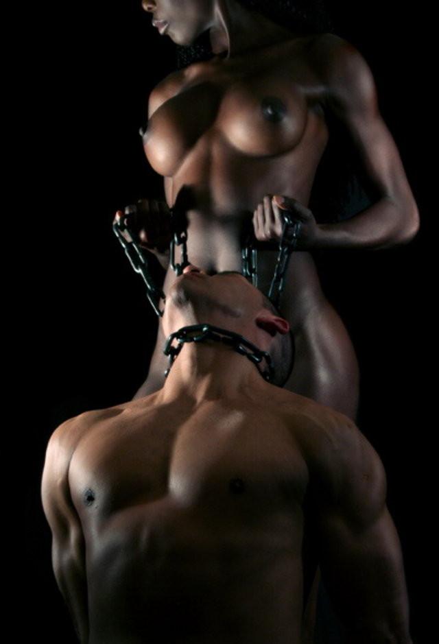 【ボンテージSM】マニアには最高っす!!爆乳美女がムチでたたいてくれちゃうなんてw外人ポルノエロ画像wwww 5 80
