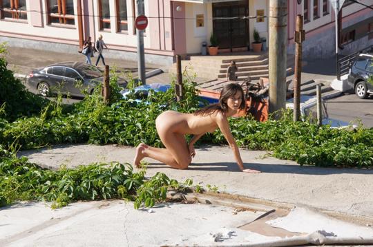 【海外ロシアヌードグラビア撮影】『超SSS級美少女』すっげ~カワイ子ちゃんネットで発見!!後ろからのアングルでオマンコ●見せwwww 61