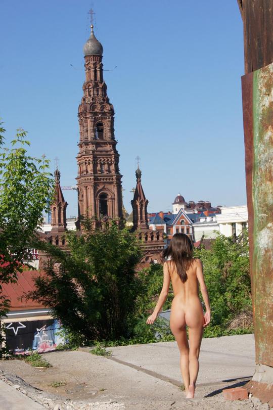 【海外ロシアヌードグラビア撮影】『超SSS級美少女』すっげ~カワイ子ちゃんネットで発見!!後ろからのアングルでオマンコ●見せwwww 72