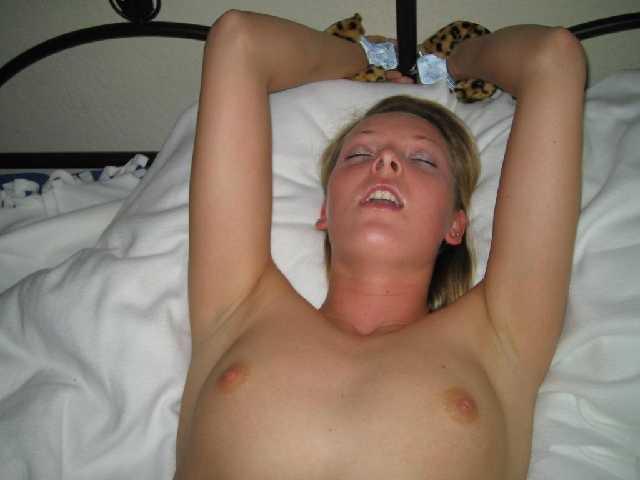 【乳首フル勃起!!】『yes!!yes!!』外人のハメ撮り超感じまくりでオーガニズム入っとるがなw外人ポルノエロ画像wwwwwwwww 8 109