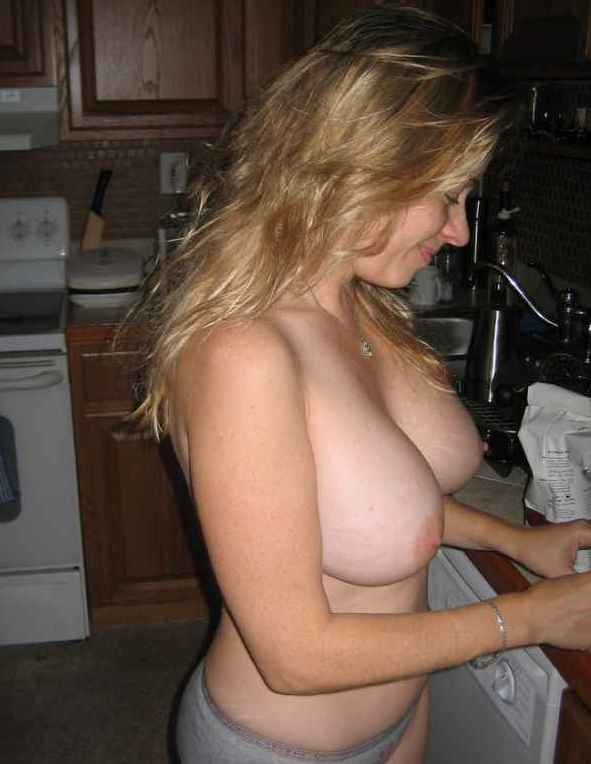 【海外ポルノエロ画像】お家でおふざけで撮った写真がネットで流失しちゃってるんだけどwwwwwwwwwwどういうこと!!! 9 113