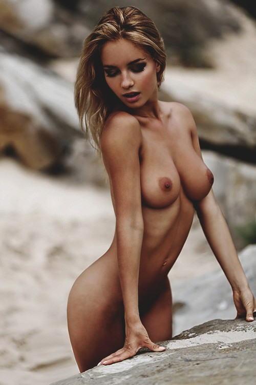 めっちゃ!めっちゃ可愛いすぎるw外国人美少女を集めた貴重なヌード画像。。。。。 10 75