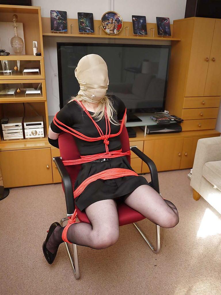 【パンストフェチ専用】おふざけかと思ったら結構エロくてオナニー必見!!!!!! 18 96