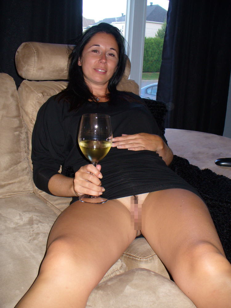 【カンパーイw】外国人が酔っぱらった状態で全裸●見せ海外ポルノエロ画像wwwwww 33 65