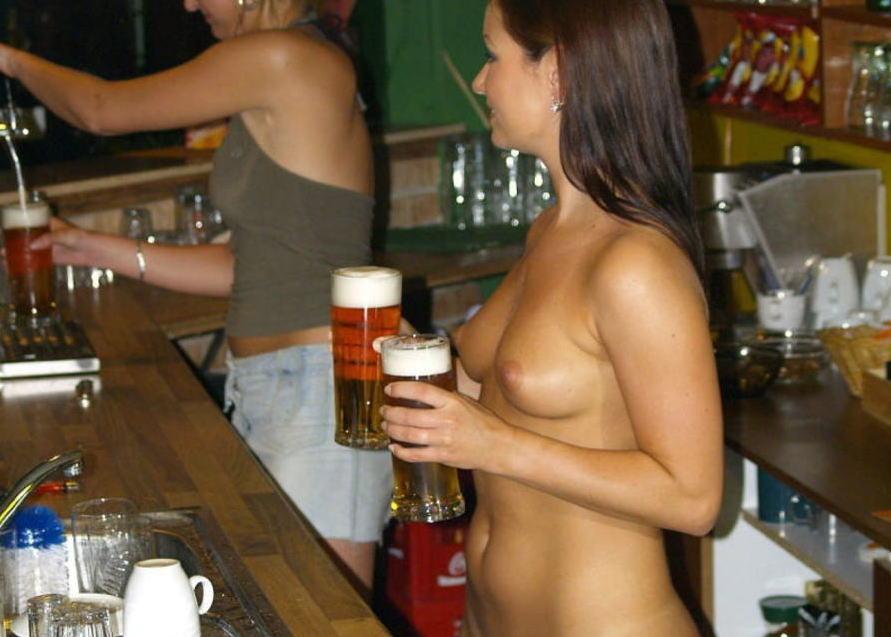 これヤバwwwーーー❖ヌード姿でビールを飲む外国人ポルノエロ画像www 1 96