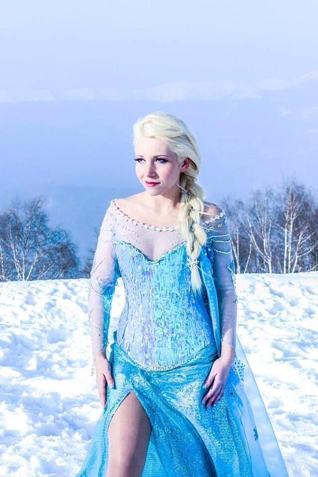 【アナ雪コス】アナと雪の女王 エルサのコスプレ姿がエロすぎる外国人ポルノエロ画像www 11 110