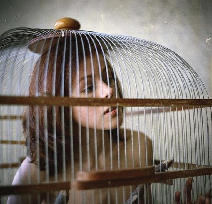 【調教奴隷外人エロ画像】『鳥かごにいれちゃうぞwww』まじでやば杉wやりたい放題し放題wwwwwwww 12 35