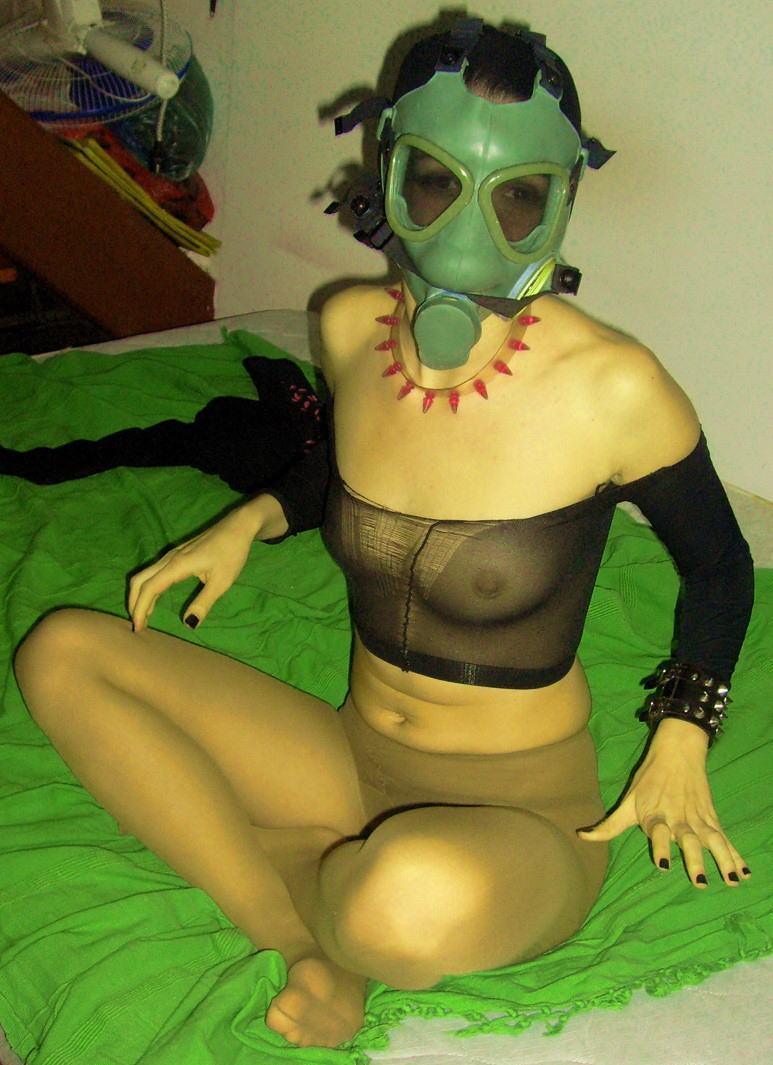 なんじゃ!!?これヤバwwwーーー❖毒ガスマスクしてセックスするド変態外国人のポルノエロ画像wwwwwww 14 32