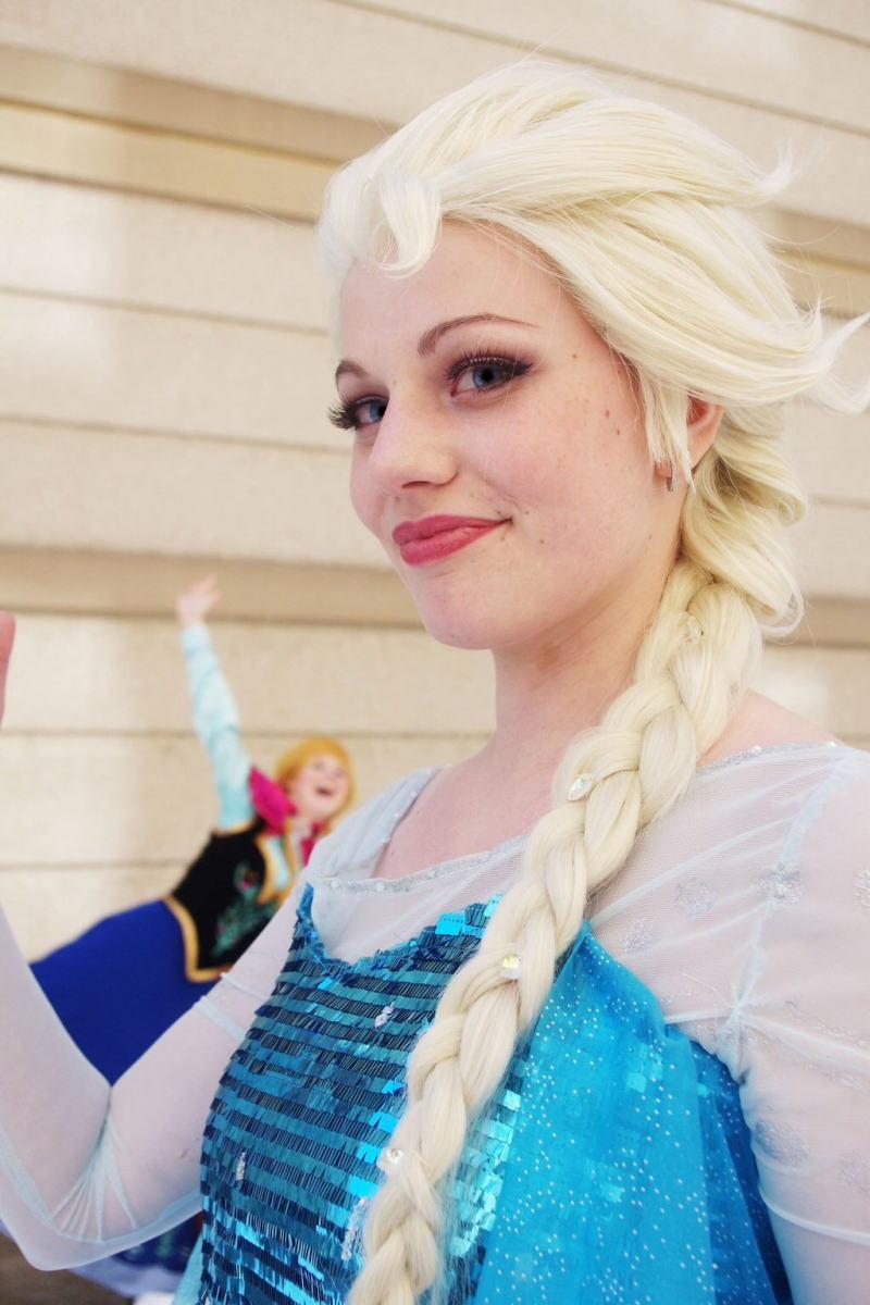 【アナ雪コス】アナと雪の女王 エルサのコスプレ姿がエロすぎる外国人ポルノエロ画像www 16 109
