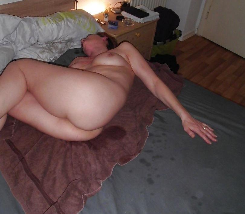 (゚∀゚)キタコレ!!マニア必見www外国人が寝小便した貴重なポルノエロ画像wwww 18 140
