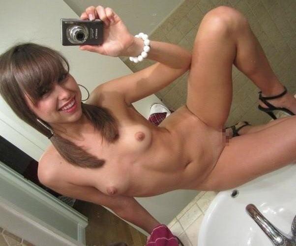 【童顔美少女ちっぱいエロ画像】外人幼顔が全裸でちっぱい貧乳見せまくり!!!!! 23 6