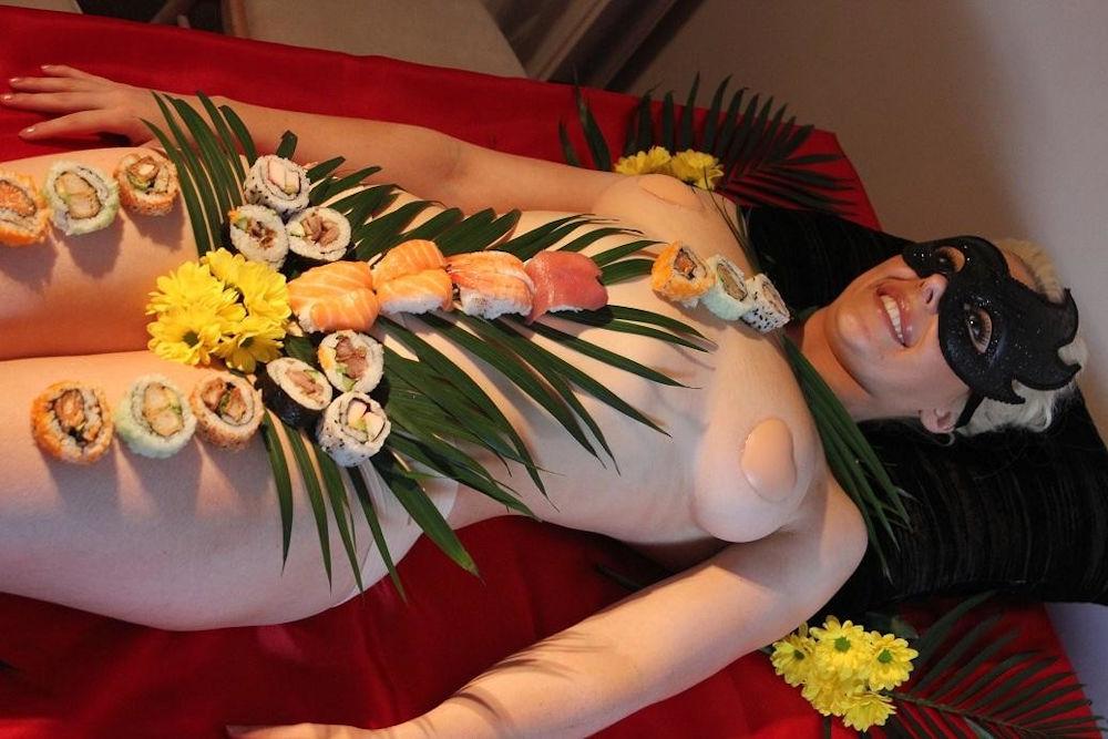 ーーーーー❖超レア画像ww女体盛りされちゃう外国人ポルノエロ画像wwwww 25 125