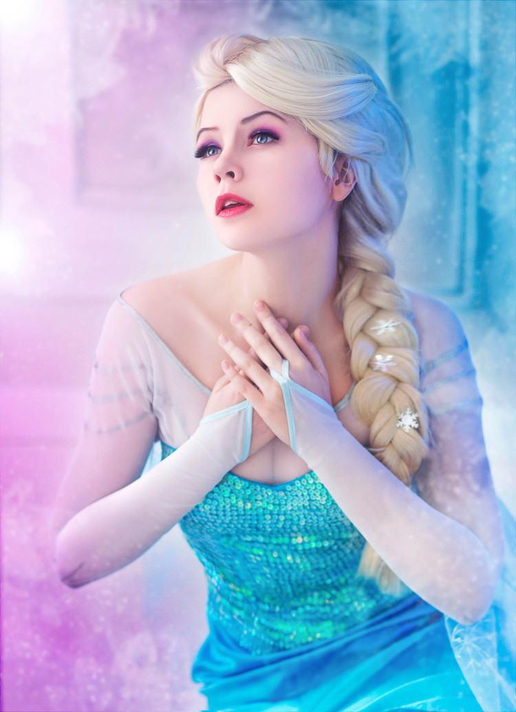 【アナ雪コス】アナと雪の女王 エルサのコスプレ姿がエロすぎる外国人ポルノエロ画像www 26 106